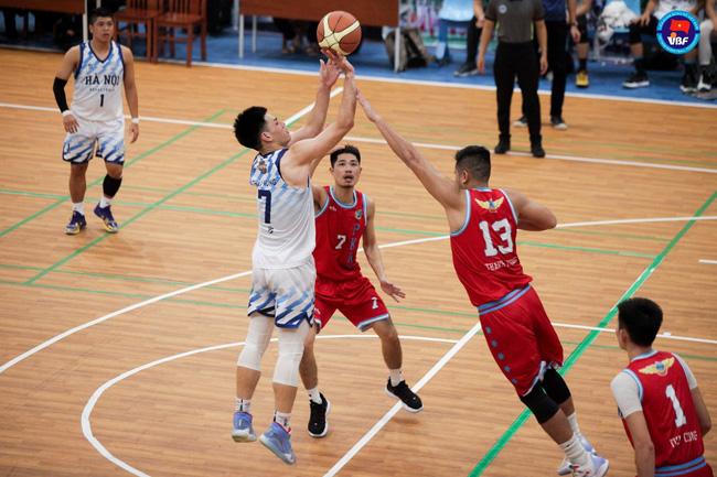 Bóng rổ là bộ môn thể thao quen thuộc